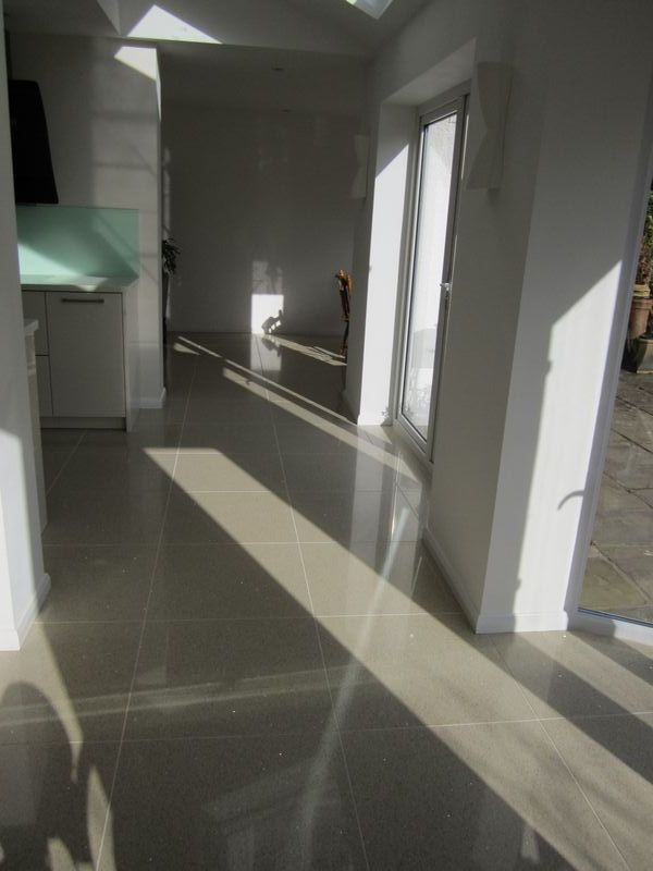 Porcelain kitchen floor